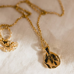 Oro Necklace Gold