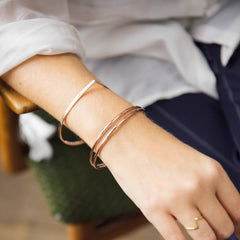 Strand Bangle Rose Gold