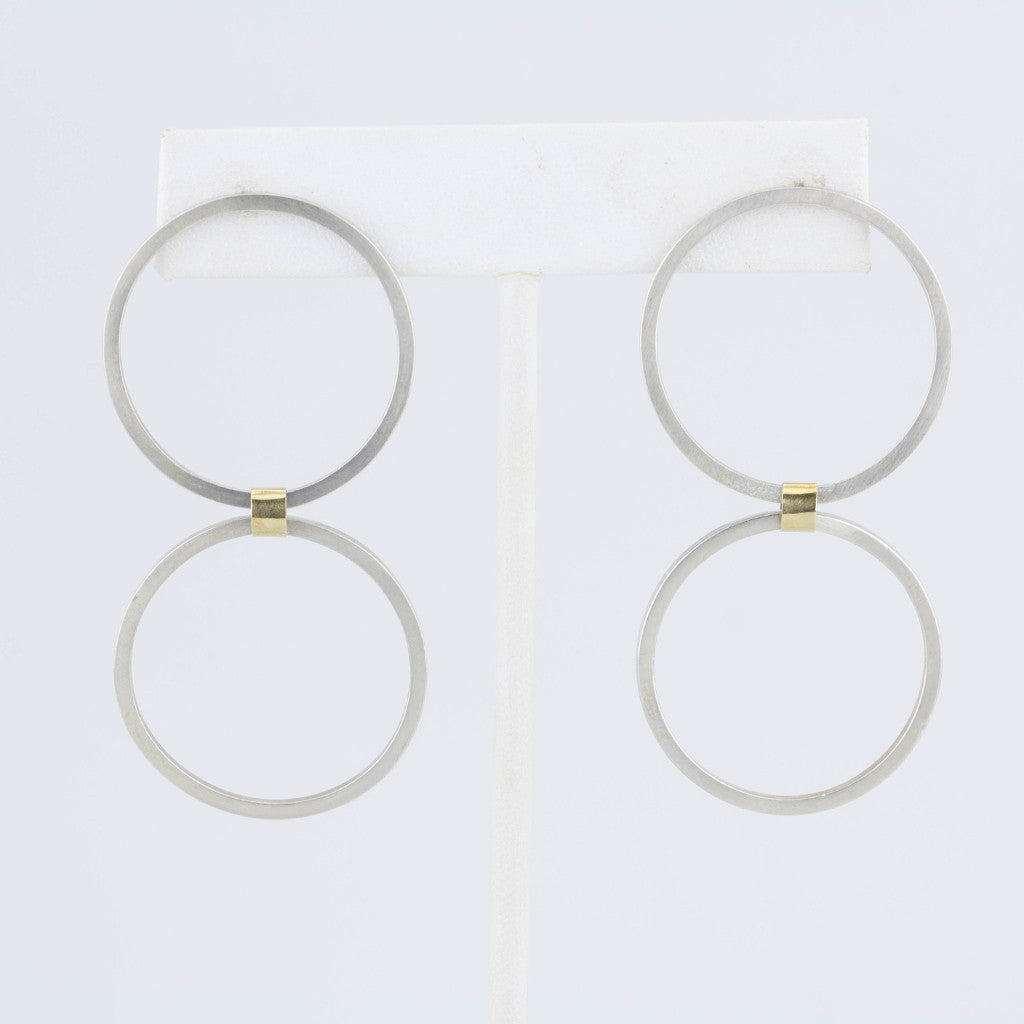 Double Forward Facing Hoops