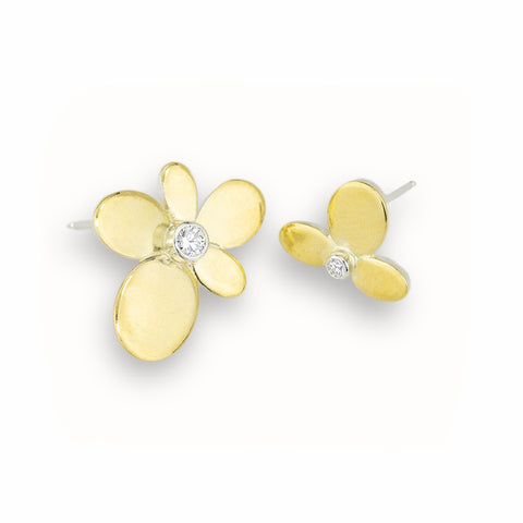A Pair of Mismatched Gold and Diamond Flower Earrings