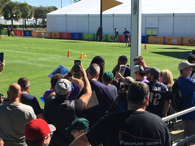 Seahawks' Richard Sherman sharing in Pro Bowl experience with fans | Richard Sherman