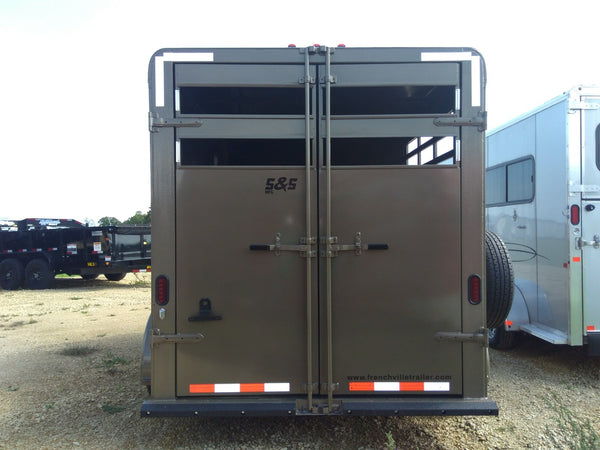 2020 S & S  Trailers 2 Horse Slant with Front Tack - Unit 21009