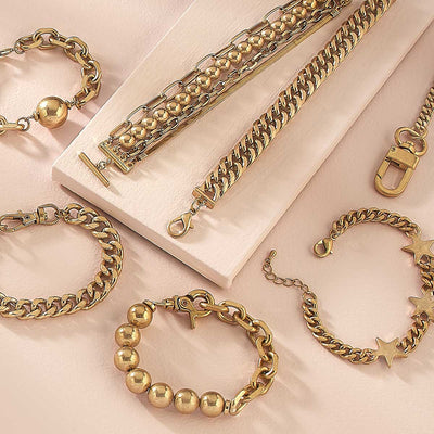 Serafina Curb Chain Bracelet in Worn Gold