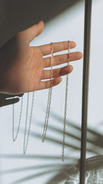 Load and play video in Gallery viewer, Minimalist Chain Necklace
