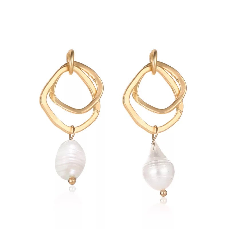 Pearly Whites: Irregular Pearl Earrings