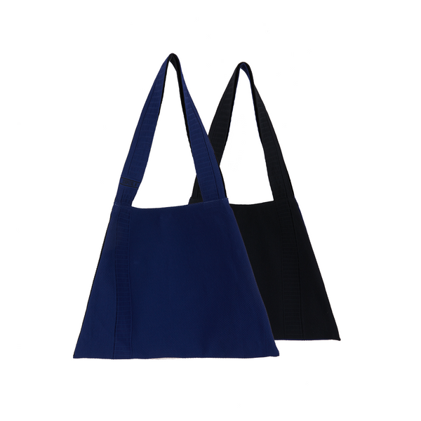 The TO。TE Series Hit color Shopper Fancy Blue/Black