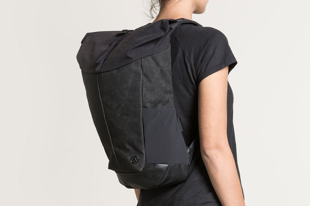 20 LITRE ROLL TOP DAYPACK