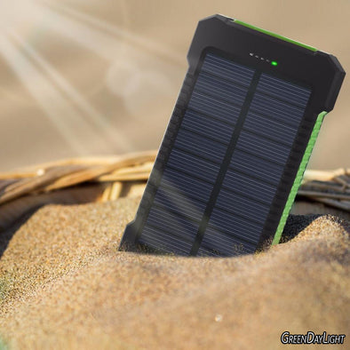 Waterproof Solar Emergency Charger - pure Green leaf