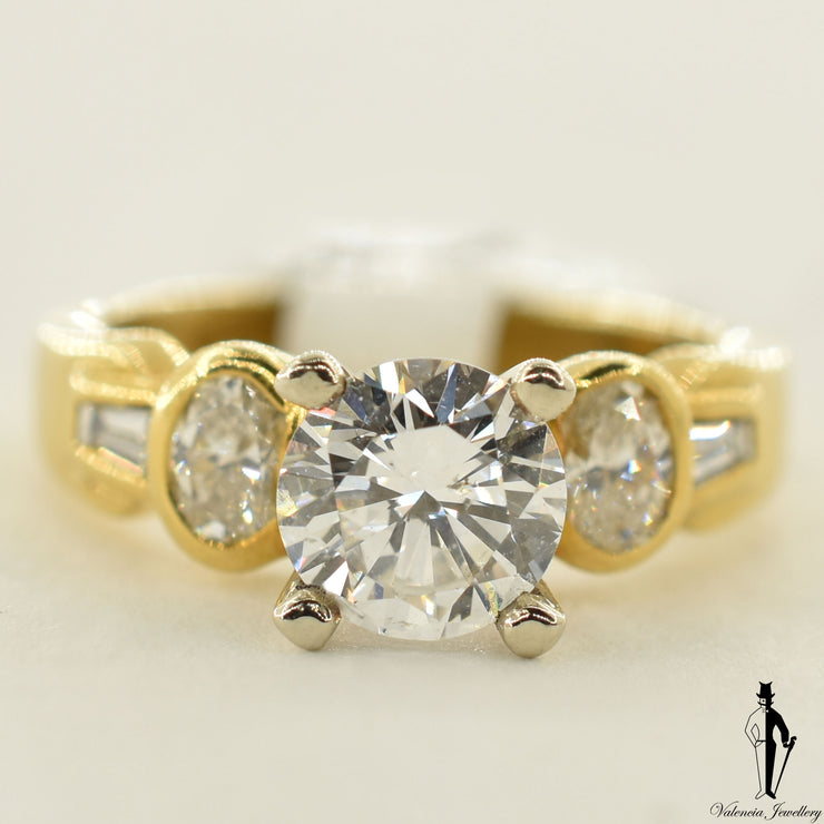 18K Yellow Gold SI2 Diamond (1.18 CT.) Shoulder Setting Engagement Ring