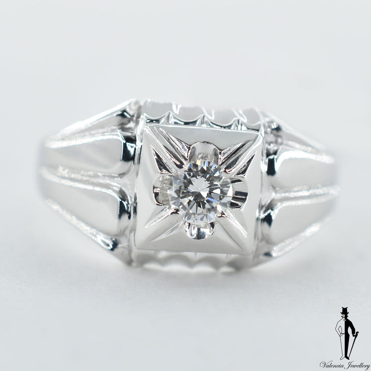 18K White Gold Diamond (0.35 CT.) Gents Ring