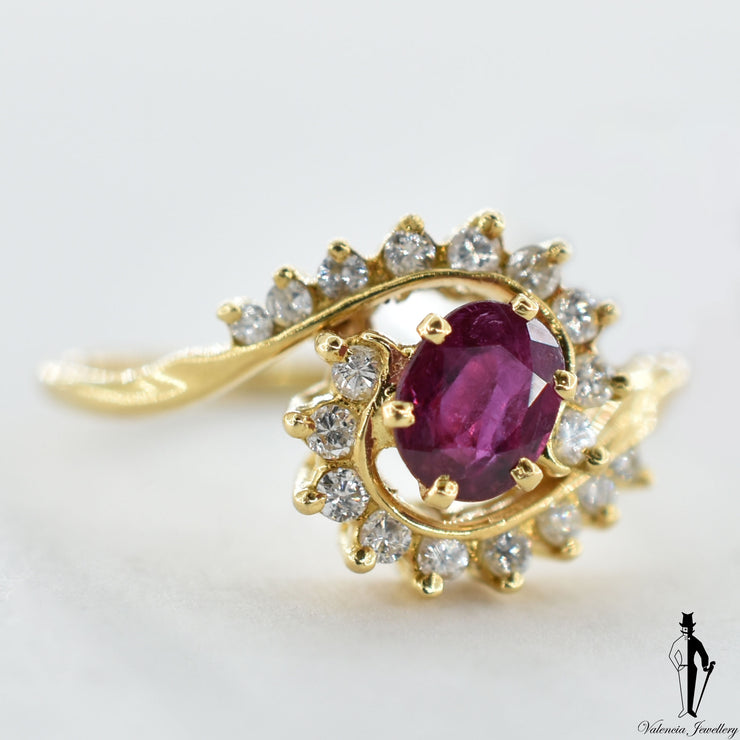 14K Yellow Gold Natural Ruby and Diamond (0.45 CT, 0.20 CT.) Swirl Style Ring