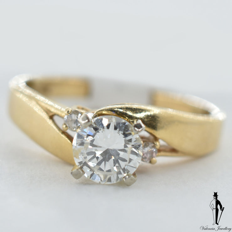 14K Yellow Gold SI2 Diamond (0.60 CT.) Swirl Style Engagement Ring