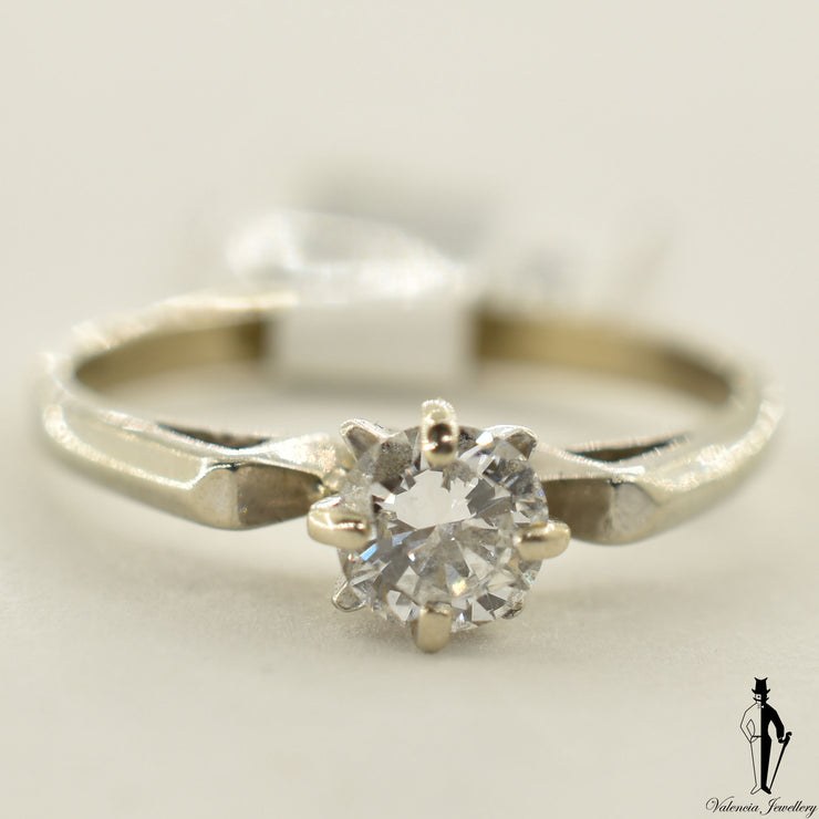 14K White Gold VS1 Diamond (0.59 CT.) Solitaire Engagement Ring