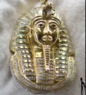 1.0 CT. Diamond and Sapphire Pharaoh Pendant in 10K Yellow Gold