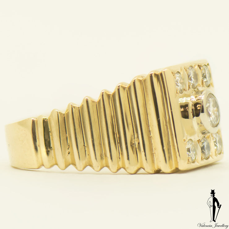 0.93 CT (VS) Diamond Gentlemens Ring in 10K Yellow Gold