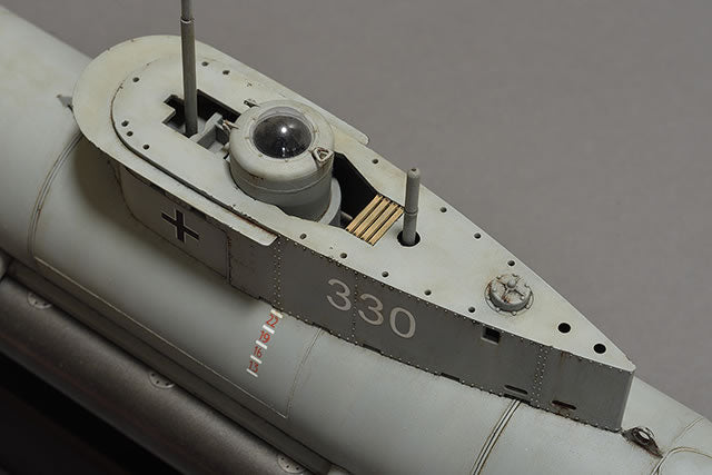 1/35 GERMAN 'SEEHUND' XXVII B/B5 MIDGET SUBMARINE (2 OPTIONS) BRONCO MODELS CB35053