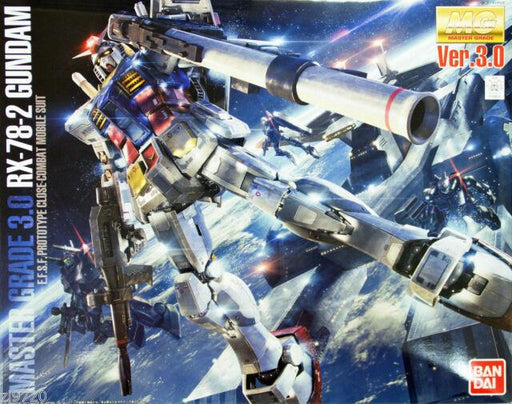 1/100 MG RX-78-2 GUNDAM VER.3.0 E.F.S.F. PROTOTYPE CLOSE-COM