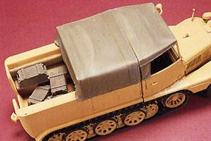 1/35 EQUIPMENT & HOOD FOR SDKFZ 11