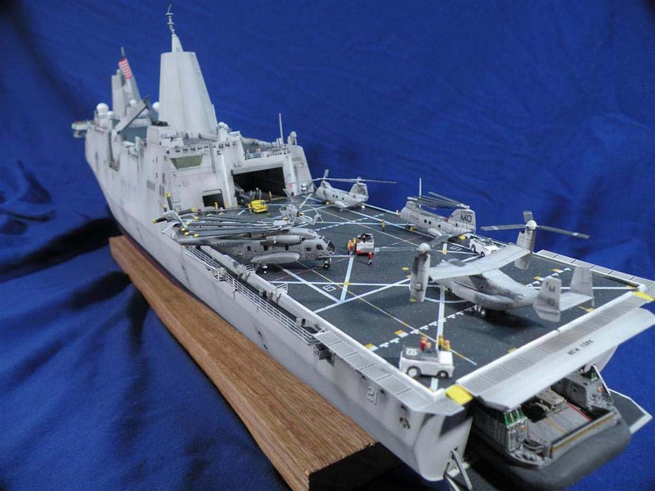 1/350 USS LPD-21 'NEW YORK' BRONCO MODELS NB5024