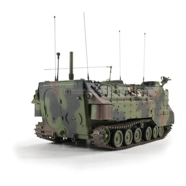 1/35 AAVC-7C1 AMPHIBIAN ASSAULT VEHICLE COMMAND MODEL AFV CLUB AF35S70