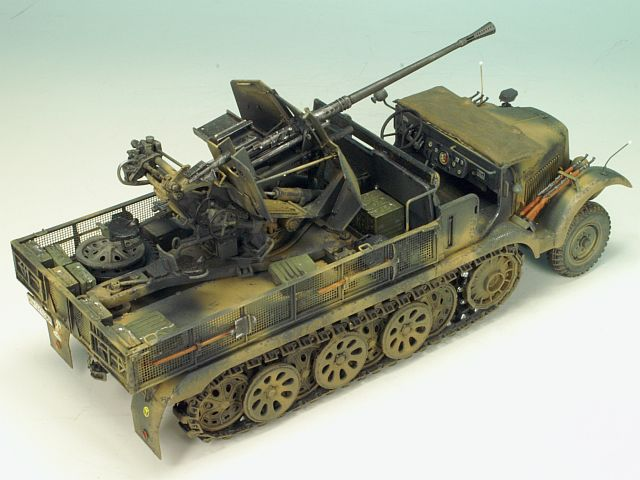 1/35 SD.KFZ 6/2 (BN9) 3.7cm FLAK36 HALF-TRACK 5T (EARLY/LATE)