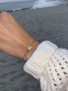 GOLD PAVE CLASP ADJUSTABLE BRACELET