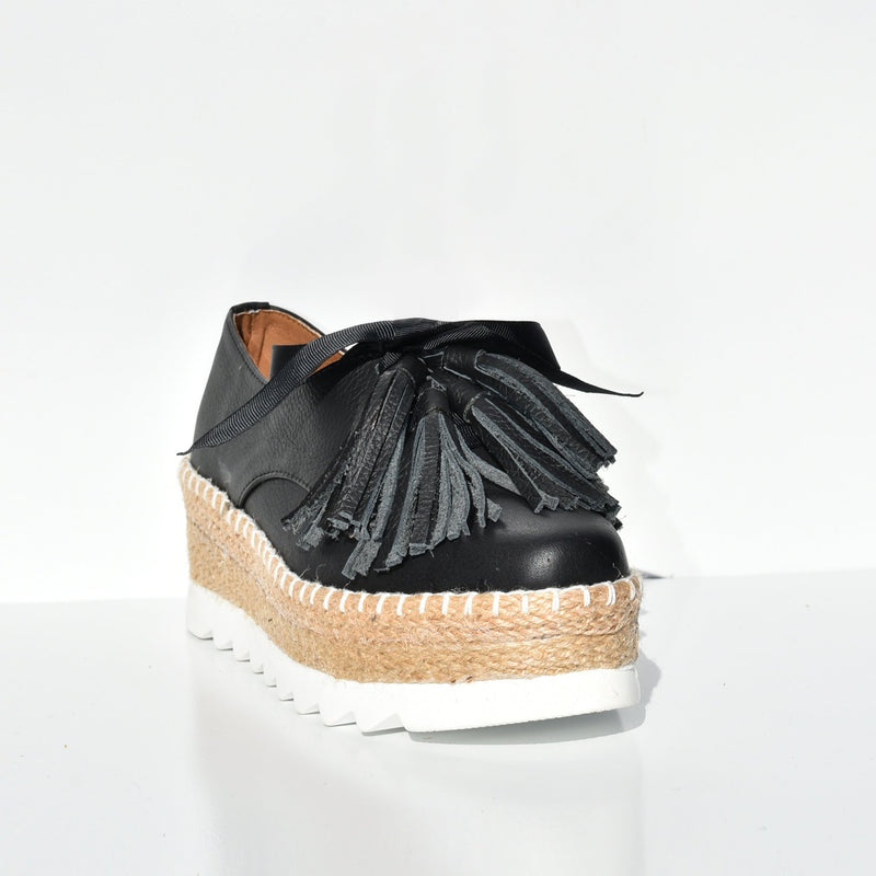 Espadrille tennis shoes
