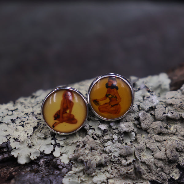 Vintage Pin Up Post Earrings