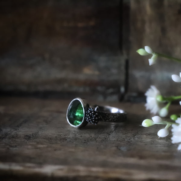 Green Tourmaline Botanical Ring - Size 7.75