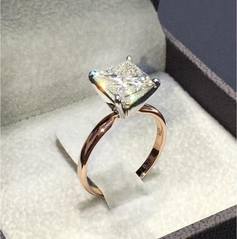 Classic Engagement Ring with Square Cutting CZ