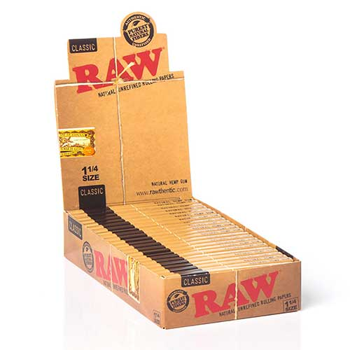 RAW Classic 1 1 4 Rolling Papers 24ct Box