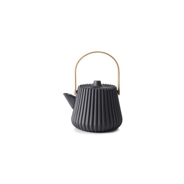 This is no ordinary teapot; the Pekoe teapot by Revol stuns with its darkened silver effect.