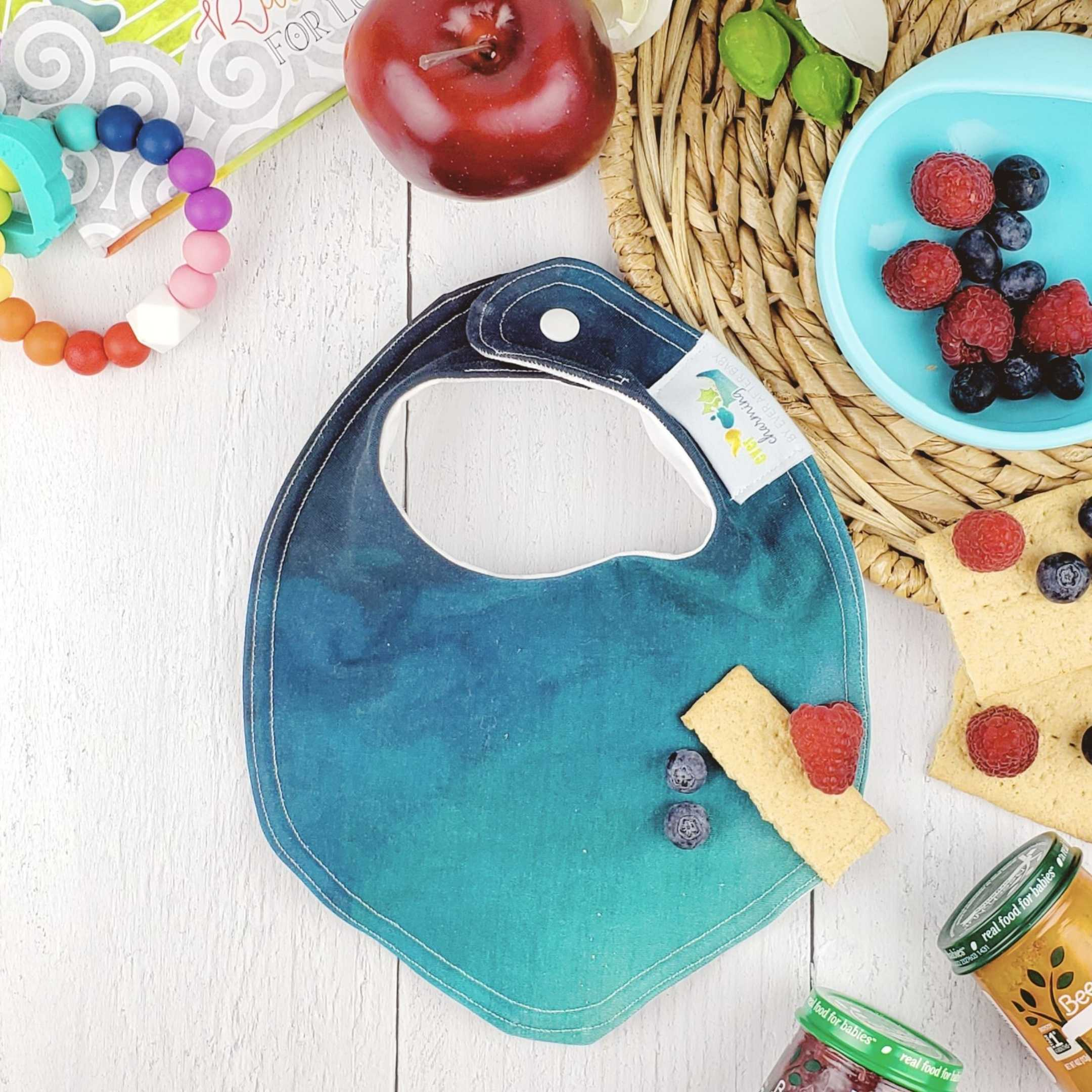 Foodie Bib in CHARMING Teal