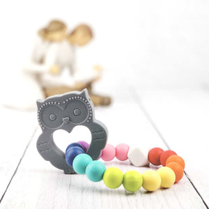 Owl Teething Ring in Brilliant Gray