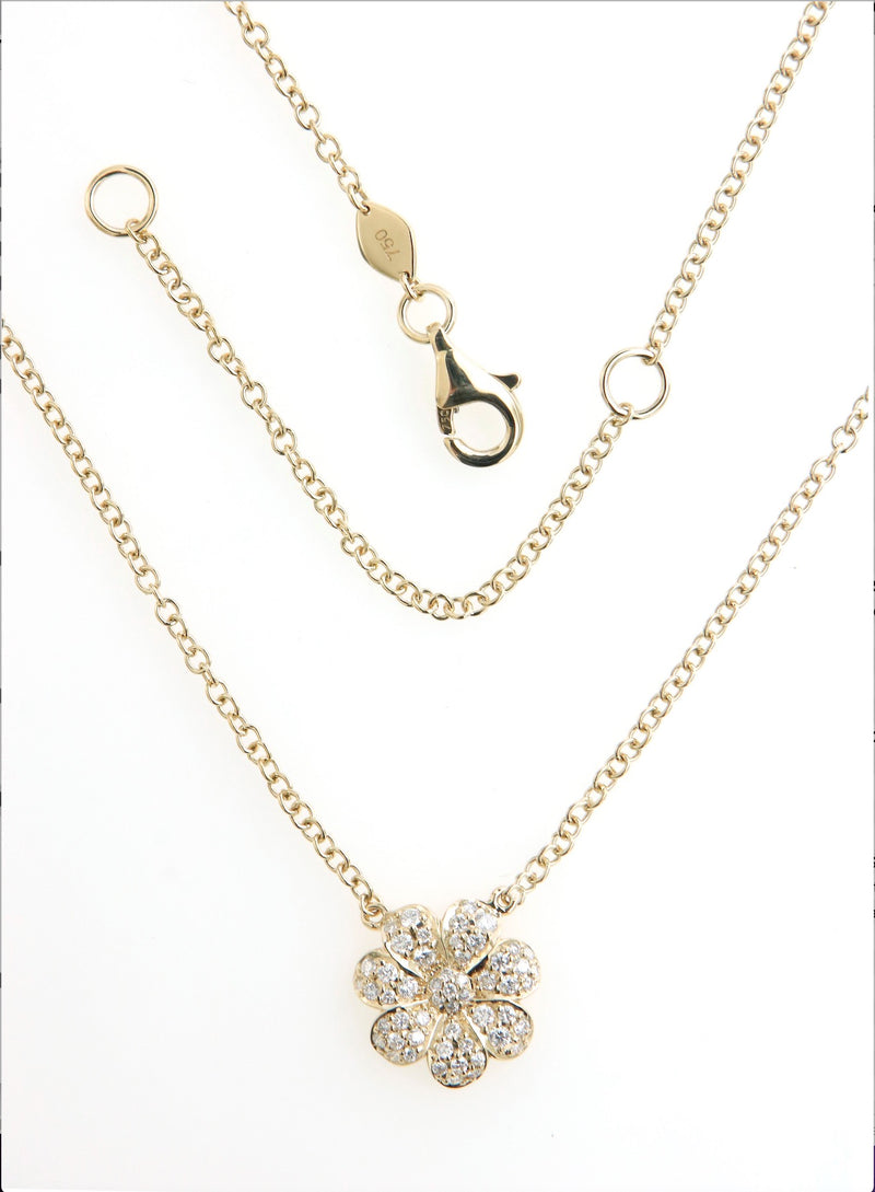 Diamond Flower Pendant Necklace in 18K