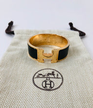 Load image into Gallery viewer, Hermès Wide Clic Clac H Bracelet
