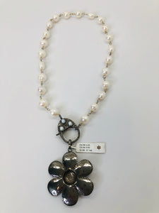 Rainey Elizabeth Short Pearl Necklace