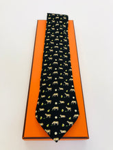 Load image into Gallery viewer, Hermès Frog and Cow Print Tie
