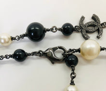 Load image into Gallery viewer, CHANEL Long Chain and Pearl Necklace