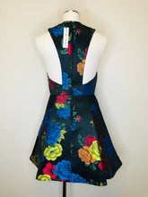 Load image into Gallery viewer, Alice + Olivia Floral Dress Size 6