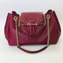 Load image into Gallery viewer, Gucci Large Emily Flap Shoulder Bag