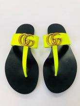 Load image into Gallery viewer, Gucci Lime Green Marmont Thong Sandals size 34 1/2