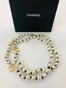 CHANEL 2016/2017 Fall Winter Runway Fantasy Pearl Necklace