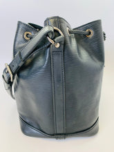 Load image into Gallery viewer, Louis Vuitton Petite Noe Bucket Bag