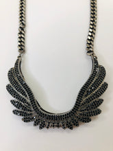 Load image into Gallery viewer, Rainey Elizabeth Wing Chain Necklace