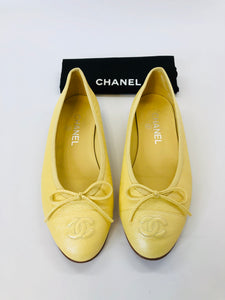 CHANEL Yellow Leather Ballerina Flats Size 37