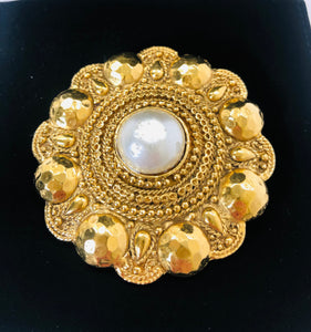 CHANEL Vintage Large Brooch