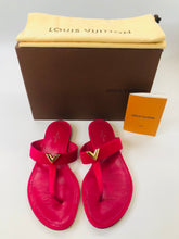 Load image into Gallery viewer, Louis Vuitton Bahiana Thong Sandals size 38