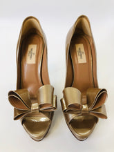 Load image into Gallery viewer, Valentino Garavani Couture Bow Platform Pumps size 39