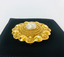 Load image into Gallery viewer, CHANEL Vintage Large Brooch